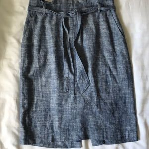 Ann Taylor blue linen blend tucked waist skirt